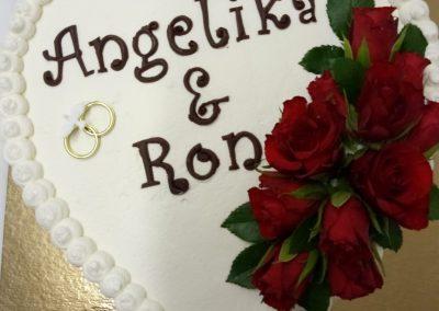 Hochzeitstorte in Herzform